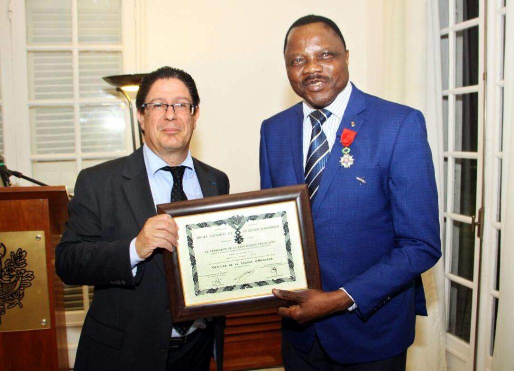 DG de la SALT, décoré Officier de la légion d'honneur