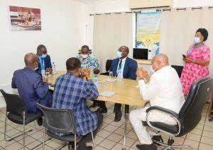 SALT : LE MINISTRE DES TRANSPORTS PRESIDE UNE SEANCE DE TRAVAIL